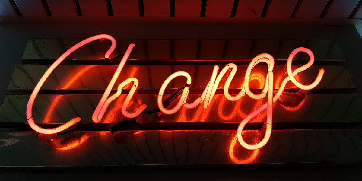 Change neon light on the wall